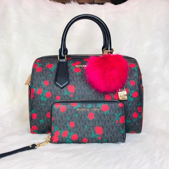 6982ed0432d88a Michael Kors Bags | 3pcs Hayes Duffle Bag Wallet Charms | Poshmark